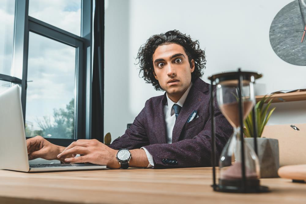 job seeker trying to complete online application on time