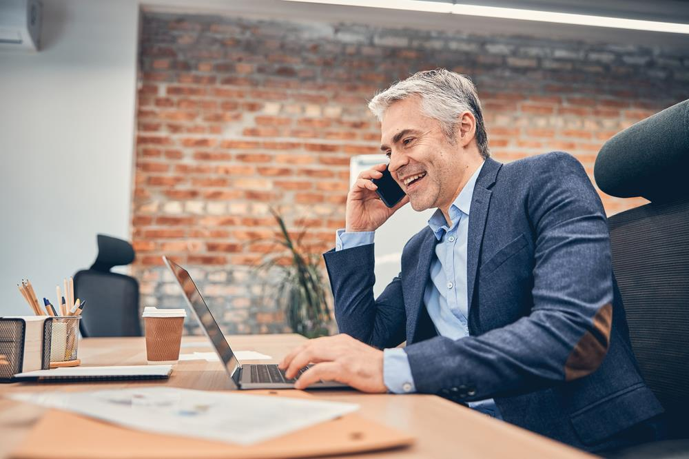 Recruiter calling job applicant who he'd like to pipeline for future positions