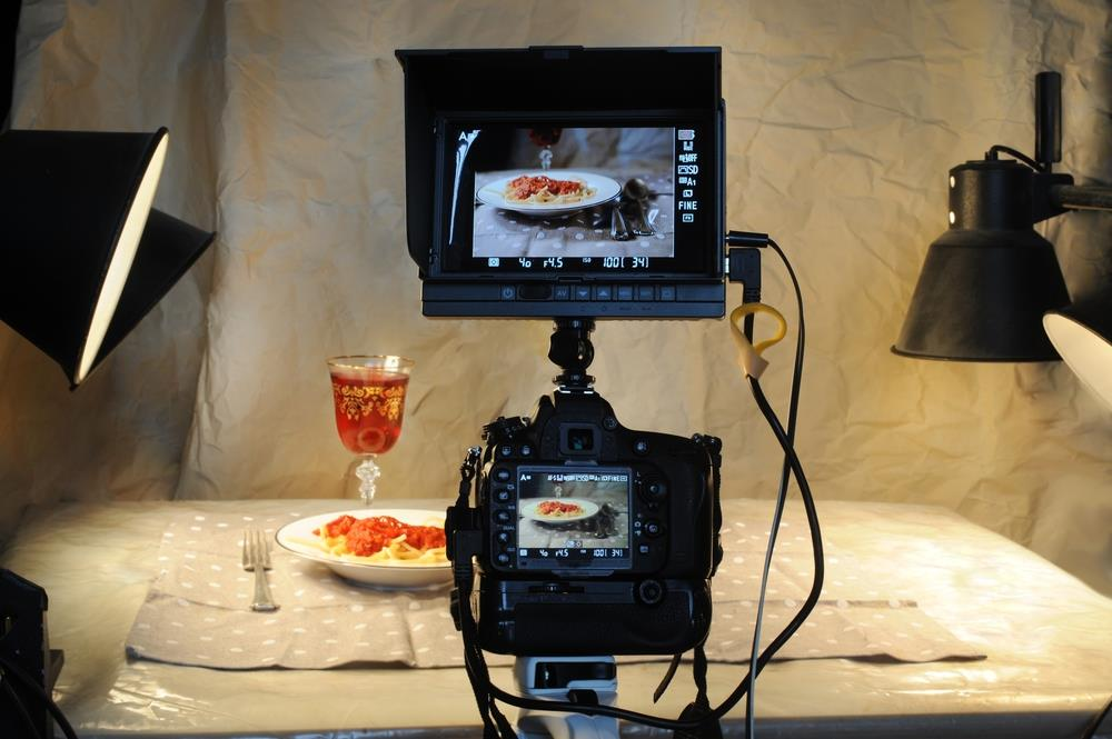Behind the scenes look at food photography
