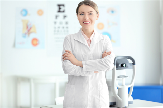 How much does an optometrist make in a year? Find out here.