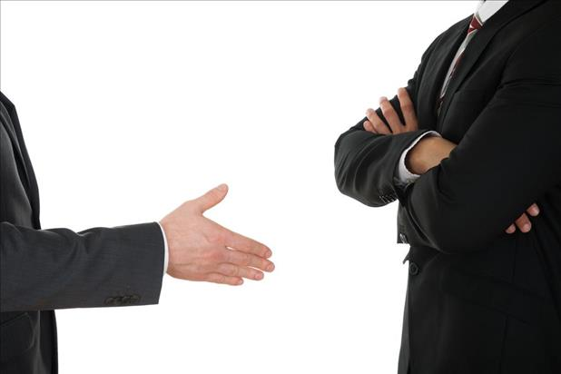 candidate refusing to shake an employers hand due to interview mistakes