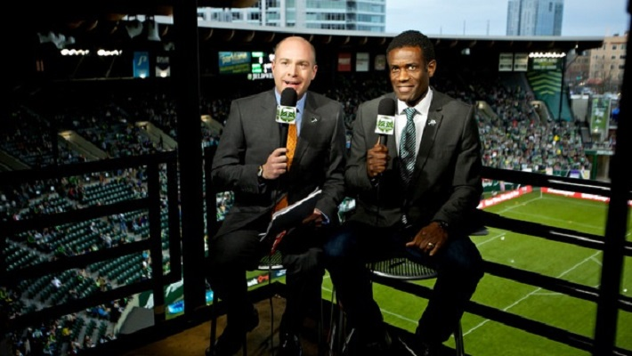 become a sports broadcaster