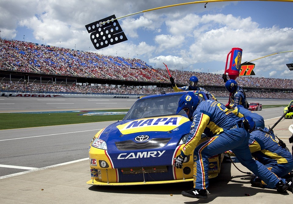 how the sports media helps nascar and formula 1